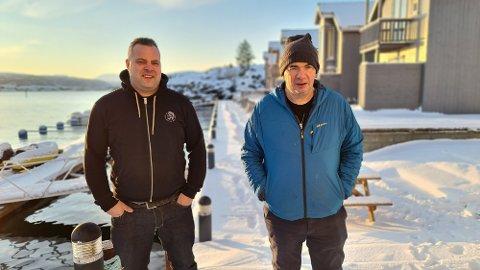 Jens Morten Viktil  (til venstre) og Per Ivar Aakvik satser langsiktig på turistanlegget.