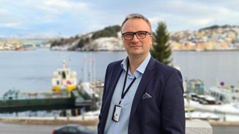 Det primære målet er å få en lavere terskel for vaksinering som vi håper øker oppslutningen i en risikogruppe , sier kommuneoverlege Askill Sandvik.