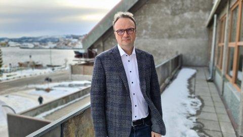 Nasjonale kriterier, samt tett samarbeid med fastleger og IKT-avdeling legger grunnlaget for neste fase av vaksineringen, forteller Askill Sandvik.