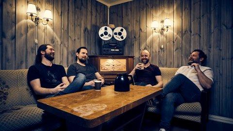 SINGLE: Bandet sPoonman kom fredag med ny single med navnet «12 of March». Den handler om det å være et band uten mulighet til å spille for publikum eller promotere musikken sin. Bandet består av Frank sPoon Botten (til venstre), Ola Langli, Torbjørn Kvande og Jon Landsem.
