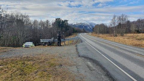 2 av de 28 som ble tatt på Bergsøya fredag, må ut med 6.800 kroner. Tre prikker i førerkortet ble det også.