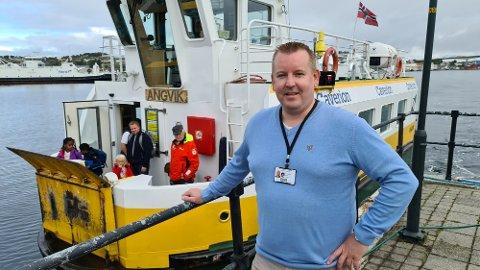 Arild Dybå-Eidem gleder seg over suksess med kveldsrute og ny passasjerrekord for sundbåten i Kristiansund.