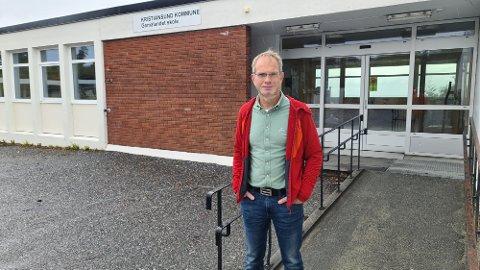 Kjell Arne Haugan er spent foran skolestart som skjer i en periode med stigende smittetrend i samfunnet.