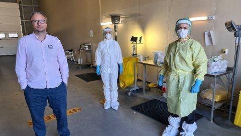 Askill Sandvik er sammen med Siri Stene og Lorentz Lossius forberedt på økende smitte utover høsten.