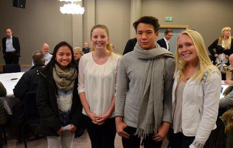 GODE FORSLAG: Disse elevene ved Nøtterøy videregående skole kom med flere spennende forslag til forsamlingen. Fra venstre: Audrey Nina, Charlotte Tuengen, Jamal Stoa og Pernille Rømma.