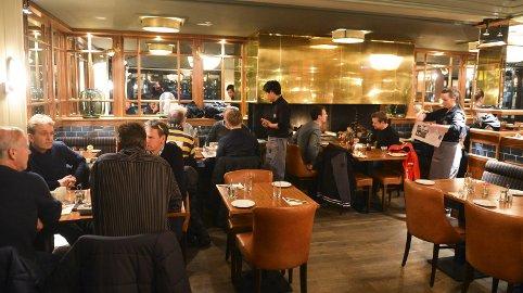 FORTSATT TIL SALGS: Becks Brasserie på Brygga har ikke funnet noen som vil overta lokalene.