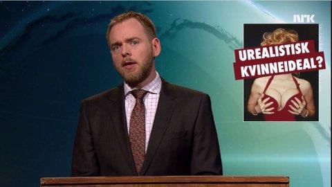 """HARSELAS: Tore Sagen, satiriker og komiker, oppsummerer ukens viktigste nyhet i sin spalte """"Faktore"""" i programmet Ukens vinner."""