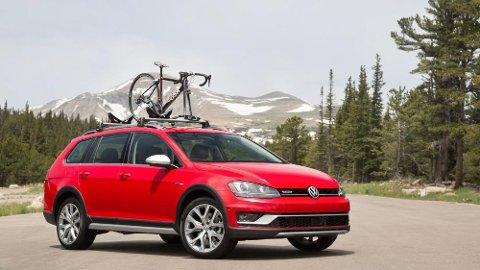 Bestelgeren VW Golf blir ny i år, her er den i offroad-utgaven Alltrack.