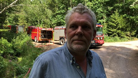 Nabo Bjarne Gjelstad er glad for at han slapp å evakuere.