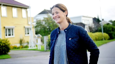 MÅ KUTTE I ANNONSENE: Eiendomsmegler Siri Graf Stenberg i Privatmegleren AS og restene av bransjen må fra mandag 1. oktober utforme Finn-annonsene på en helt ny måte.