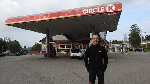 NY JOBB: I August slutter Kristian Bertelsen på Circle K Stokke for å bli en av landets yngste daglig ledere på Circle K Asker.