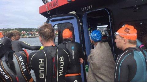 STAPPET: Hele 53 personer var om bord på redningsskøyta som har en flåtekapasitet for 12 personer.