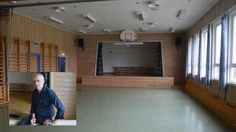 Aage Midtbu mener turen er kommet til Thune skolen når det kommer til å få nye fasiliteter. Gymsalen er fra 1962 og garderobeanlegget fra 1926.