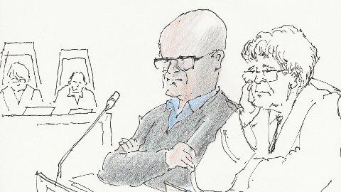 TIL LAGMANNSRETTEN: Terje Lofthus og hans advokat Christian B. Hjort anker «Metallco-saken» til lagmannsretten. Tegning: Herb
