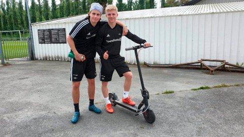 Iver Westerlund (t.v.) fra Stjørdal og Edvard Sandvik Tagseth bor på samme hybel like ved Lerkendal. Nå kan Westerlund ende opp med å forlate RBK.