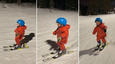 HAR DET GØY: Mens ettåringen Brage kjører her sitter latteren løst. Se klippet lenger ned i saken.