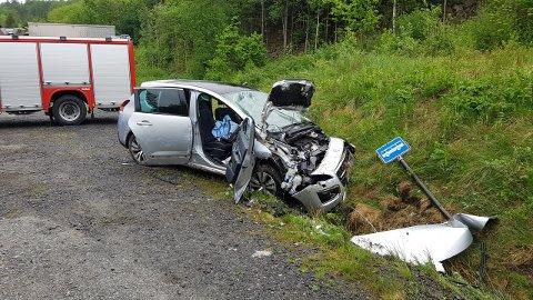 Det var to personer i bilen som snurret rundt på E18.