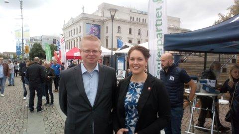 Leder i Tvedestrand FrP Yngve Monrad og stortingsrepresentant Åshild Bruun-Gundersen dro til Sverige for å hente inspirasjon.