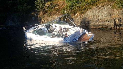 I sommer kolliderte to fritidsbåter ved Sagesund. Begge båtene fikk store materielle skader. (Arkivfoto)
