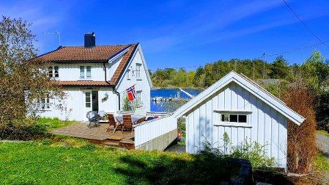 Uthavn: Denne eiendommen i ærverdige Holmesund er i ferd med å få ny eier.