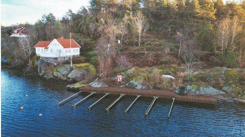 Oksefjorden eiendom AS søker nå om å sette opp en 19 meter lang brygge på Sia.