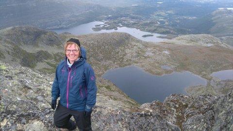 Mugnetind: Kjersti Gladheim har alltid vært glad i fysisk aktivitet, og nå blir det mange turer i fjellet, som her til Mugnetind.