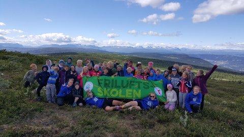 Minner for livet: 50 glade barn har vært på tur til Ålfjell med Friluftsskolen på Brennabu.