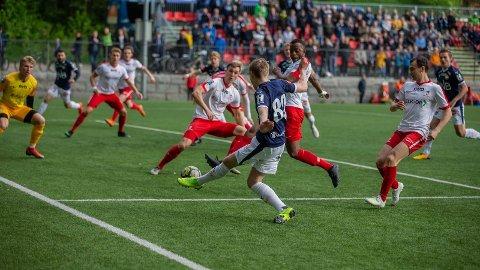 SHOW: Andreas Nyhagen (20) fra Leira sørget for målshow på Marienlyst Stadion i helga.