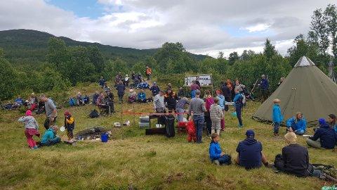 Det var god plass på leirplassen, så det gikk greit med over 100 besøkende på fiskedagen.