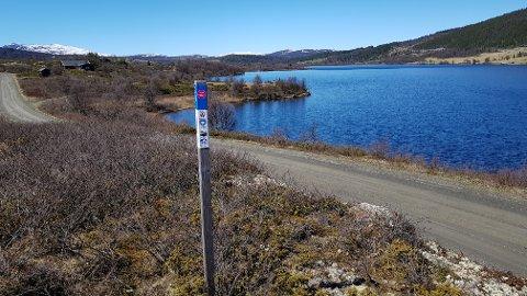 Til fots og med sykkel: Stolpe nr. 12 ved Vasetvatnet kan nås til fots eller med sykkel.