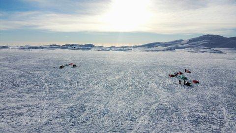 VALDRES FOLKEHØGSKOLE: Øivinn mener folkehøgskoleåret var hans beste år. Bildet er fra kite-tur med skolen.