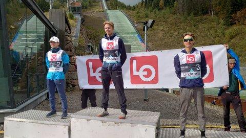 PÅ PALLEN: Fra venstre: Sølve Jokerud Strand, Joacim Bjøreng og Eirik Fystro.