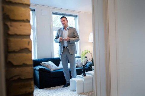 Partner i Privatmegleren Vikebø & Jørgensen Einar Strand er fornøyd med at seks av ti mener eiendomsmegleren har betydning for prisen man får for boligen.