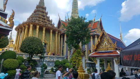 OGSÅ TID TIL SIGHTSEEING: Deltakerne på reisene til Thailand får oppleve  det berømte kongepalasset i Bangkok.