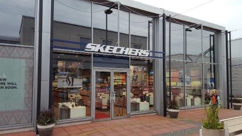 SLIK KAN DET BLI: Skechers har nylig åpnet denne outlet-butikken i Sverige. 22. november åpner kjeden sin første outlet-butikk i Norge - ved Oslo Fashion Outlet.