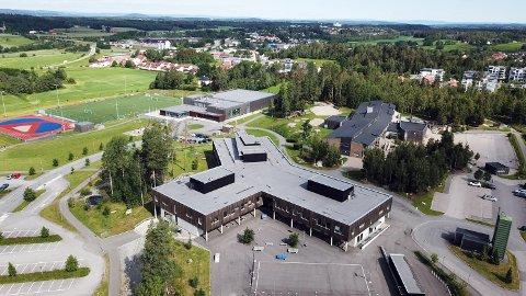 RIFT OM JOBB: Vestby ungdomsskole er en ungdomsskole med ca. 380 elever og ca. 50 ansatte.