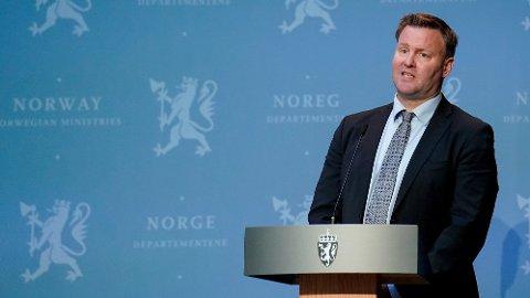 Positiv: Assisterende direktør i Helsedirektoratet, Espen Rostrup Nakstad, tror vi kan leve mer som normalt igjen i løpet av 2021.