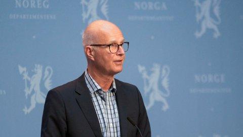 ERSTATTER: Helsedirektør Bjørn Guldvog tror det blir mindre bruk av koronakarantene utover høsten.