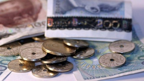 Cirka 980.000 nordmenn må punge ut 25.000 kroner i snitt i restskatt, melder Skatteetaten. Illustrasjonsfoto. Foto: DnB