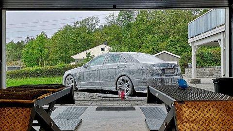 Bare og tørre veier gjør at man kan ta bilvasken mange steder nå.