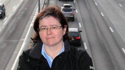 OPPGITT: – Ideen om å fjerne et bilfelt på E18 er helt håpløs og vil gjøre tilværelsen vanskeligere for mange. Dette tiltaket er ikke en del av enigheten i Oslopakke 3, poengterer Anette Solli.