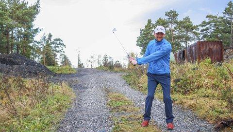 Ønsker golfanlegg i Risør: Leder for Risør golfklubb, Hans Peder Ommundsen, har tenkt på det i flere år, men nå kan drømmen om eget golfanlegg i Risør bli en realitet. Idrettsrådet er postive, Arendal & omegn golfklubb likeså, nå gjenstår bare dommen fra Risør kommune.