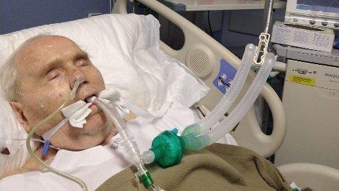 Arne Benjaminsen (80), som nettopp har vært gjennom et flere måneders sykehusopphold på grunn av koronasmitte, lider også av uhelbredelig kreft og er koblet til en respirator etter at han ble innlagt på sykehuset 23. februar i år.