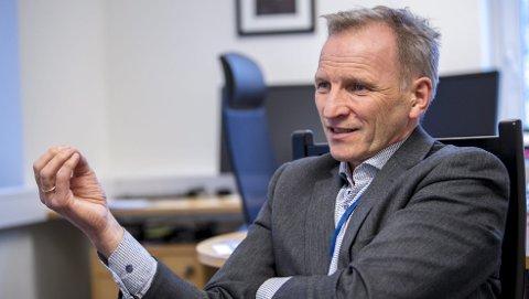 Administrerende direktør i Helse Bergen Eivind Hansen er fornøyd med at tiltakene de har gjort for å få ned antall kreftpasienter som ikke får gjennomført pakkeforløp innen fristen fungerer.