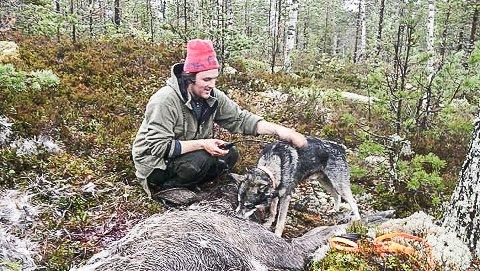 GODE KAMERATER: Kjell Olav Granstads gode jaktkamerat gjennom 10 år, Botnebekkens A Ero, falt i forrige uke i døden sammen med en elg under jakt på Norefjell.