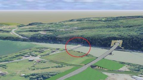 TEGNINGEN: Her ser vi illustrasjon av den gamle og nye veien. «Nittigraderssvingen» er merket med rød ring.