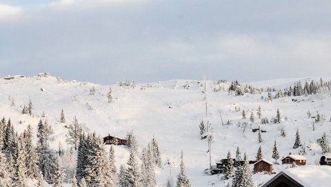 Tempelseter: Tidligere i vinter var det mer enn snø nok ved Tempelseter Skisenter, men mildværet de siste ukene har ført til at det nå er usikkert om anlegget vil holde åpent i påskeferien.