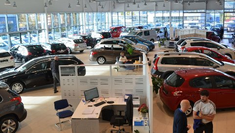 FORHANDLER: Flere brukte biler enn før ender nå opp i innbytte hos bilforhandlere.