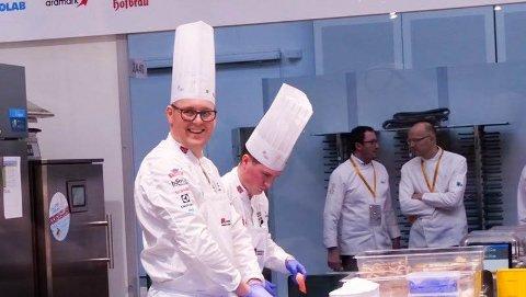 OL-VINNER: Kursholder Kjell Patrick Ørmen Johnsen ledet kokkelandslaget til seier i OL i kokkekunst i Stuttgart i februar i år.