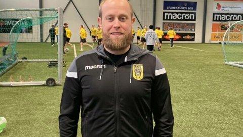 NY TILSETT: John Petersen har blitt tilsett i ny stilling som spelar- og trenarutviklar i EIK.